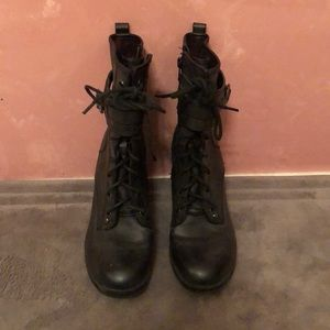 G by Guess Combat Heeled Booties Size 8